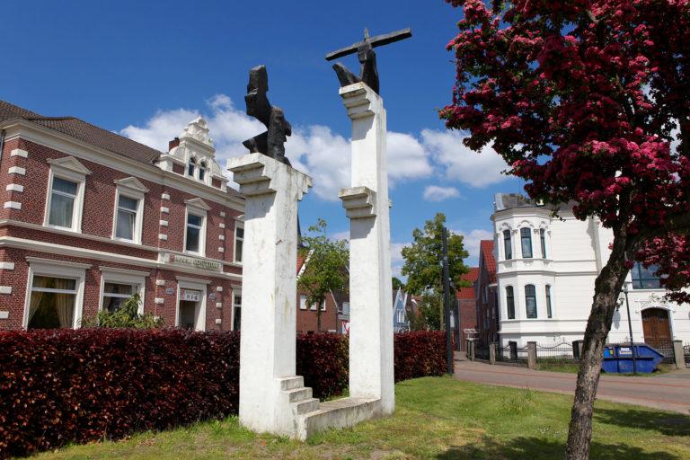 Skulptur zurück gerichtet