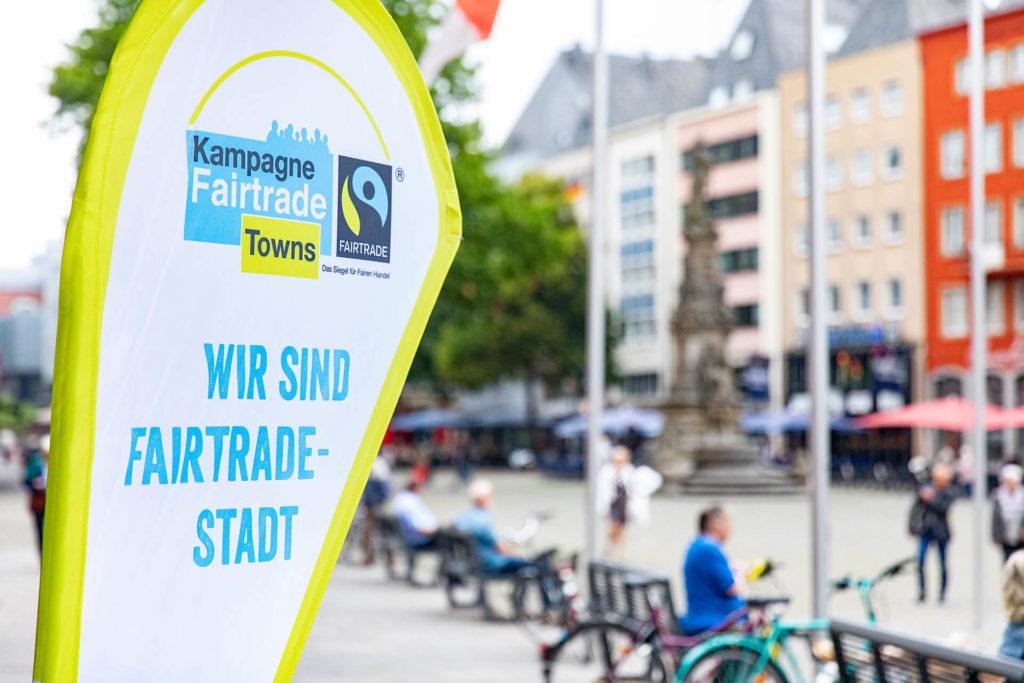 Banner mit der Botschaft FairTrade Town Stadt Schüttorf
